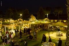 Masseria Appidé,luci bistrot nel parco