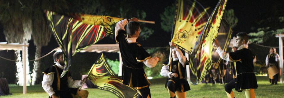 I colori degli sbandieratori di Oria alla Masseria Appidè